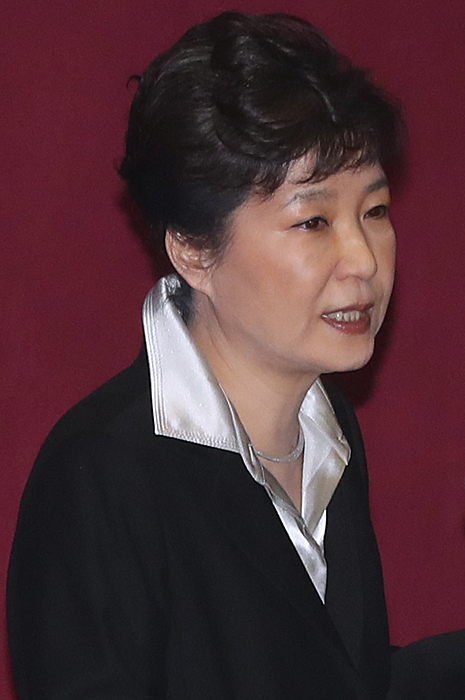"""""""최순실은 어려울 때  도와준 인연... 송구"""""""