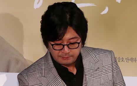 김윤석의 놀라운 '사과'  '몰랐다'고 하지 않았다