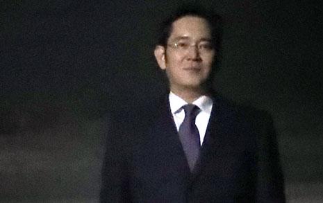 """""""이재용 생활환경 고려?  법원, 증거 인멸 눈감아"""""""