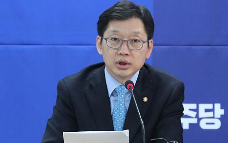 문재인 측 '반격', 북 인권 결의안 새로운 자료 공개