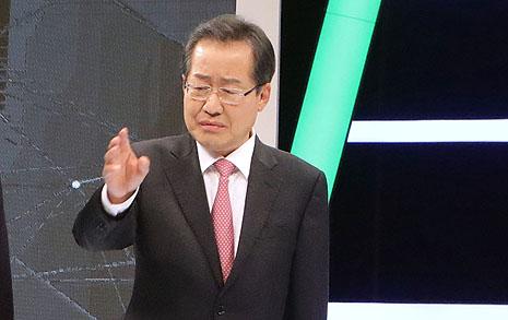 강성노조 탓한 홍준표  다른 후보들에게 '난타'