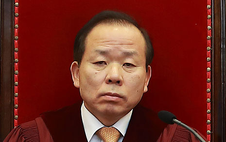김이수 걸고 넘어지는  한국당, 첫 지명철회 요구