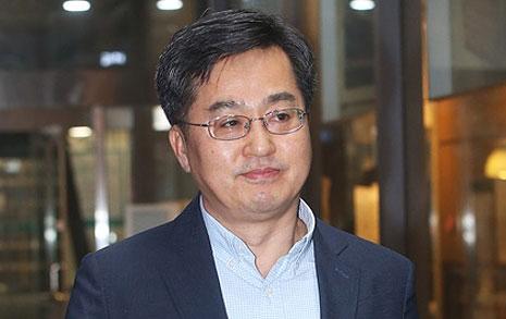 '흙수저 장관' 김동연은  왜 '아래로부터 반란' 꿈꾸나