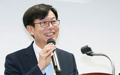김상조발 개혁 1탄  마트 '갑질' 과징금 2배