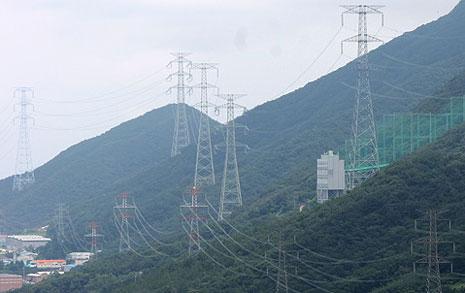 '고장 난 계측기'로  전자파 측정한 한국전력