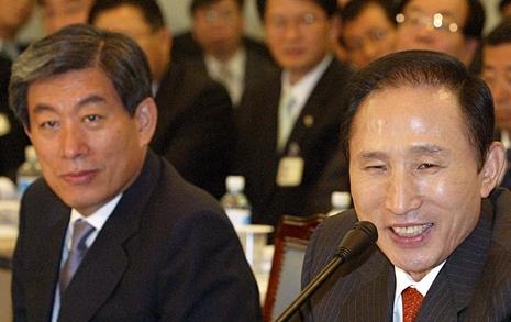 """""""노무현 자살 대응""""  MB 국정원, 심리전 폈다"""