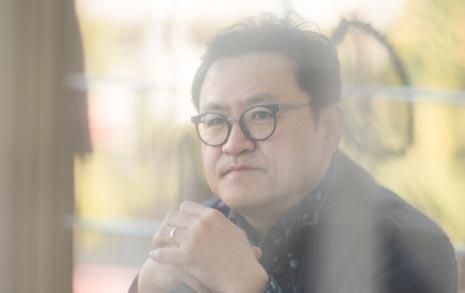 """""""<대장 김창수>가 김구 미화? 왜곡 아니다"""""""