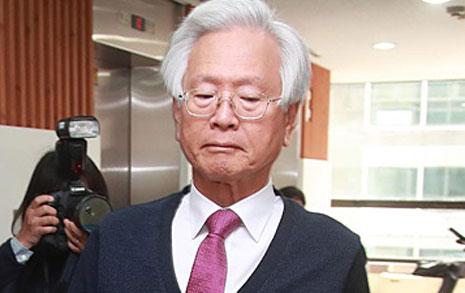 """고영주 """"애국진영, 사퇴 말라더라"""" 법적 대응 시사"""