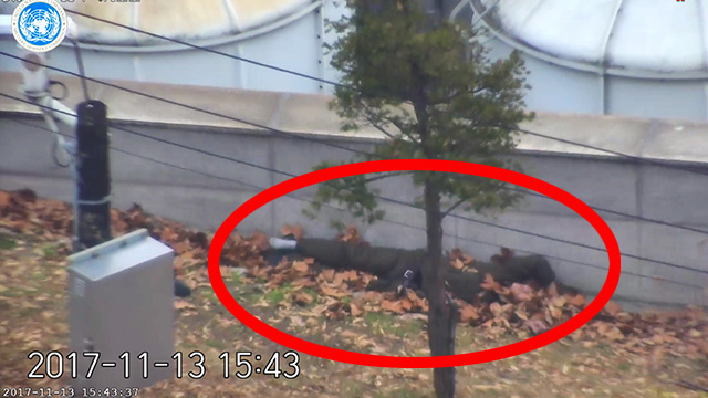 [북한군 JSA귀순] 총 맞아 쓰러진 귀순병사