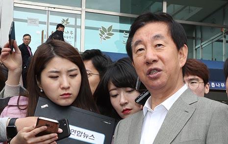 태블릿 훔친 TV조선 기자 김성태의 의심가는 발언