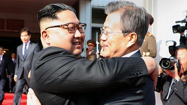 청와대가 공개한 두번째 정상회담 5장 장면