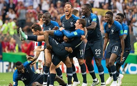 '실리축구' 앞세워  12년 전 악몽 지운 프랑스