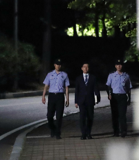 구속영장 기각,  드루킹 특검 '끝났다'
