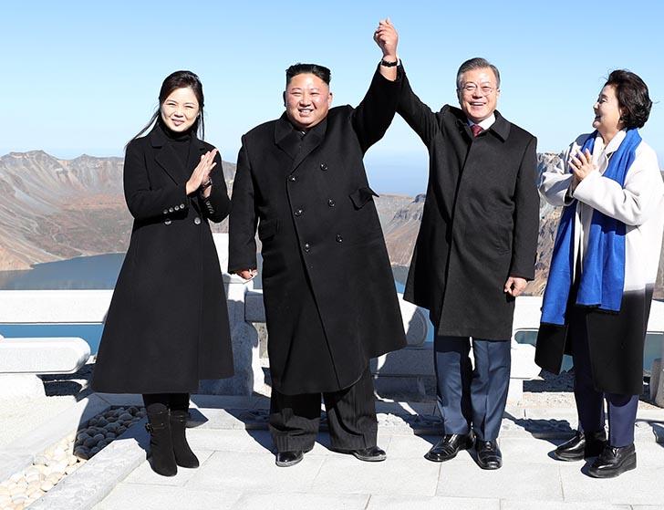 """""""비핵화 협상"""" →  """"북미관계 변화 협상""""  폼페이오 표현이 달라졌다"""
