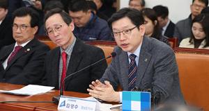 """김경수 """"스마트산단 조속히  지정해달라"""" 당-정에 요청"""