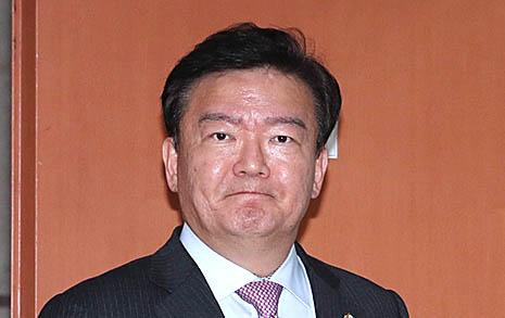 113석 한국당 공격에  5석 정의당은 웃는다?
