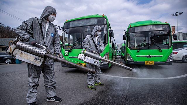 서울 시내버스 방역작업