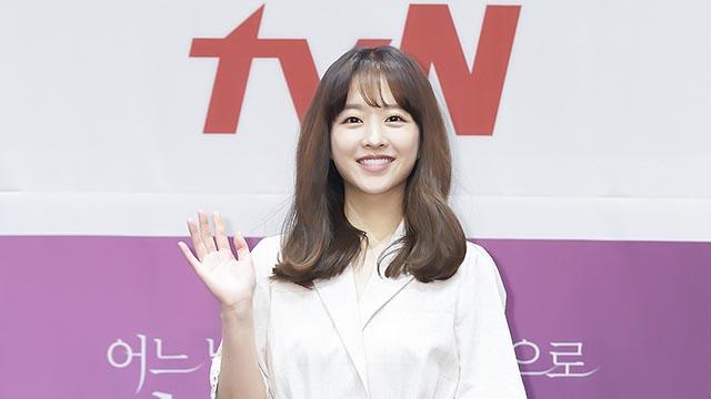 '멸망' 박보영, 애정 듬뿍