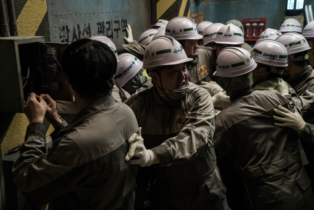 '반핵' 메시지를 품은 영화 <판도라>의 스틸 이미지. 원전의 위험성에 대해 경고하는 이 작품은 지난 7일 개봉 이후 꾸준하게 관객을 불러 모으고 있다.