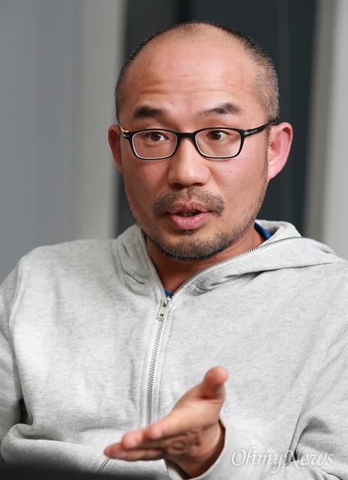 영화 <재심>이 다룬 '약촌오거리 살인사건'의 박상규 기자.