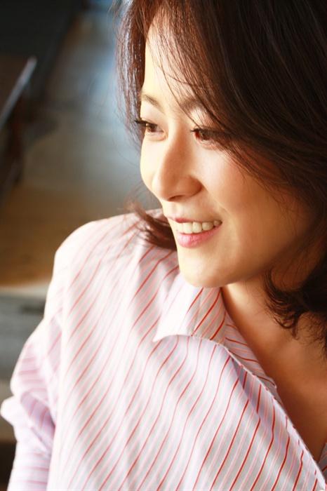 배우 류현경.