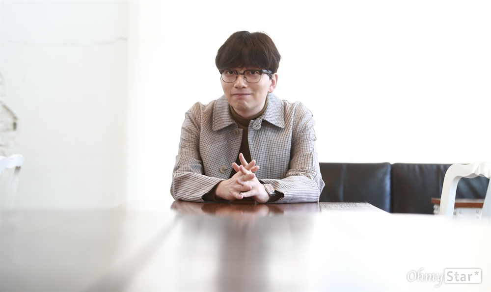 영화 <부라더>에서 주봉 역을 맡은 배우 이동휘.