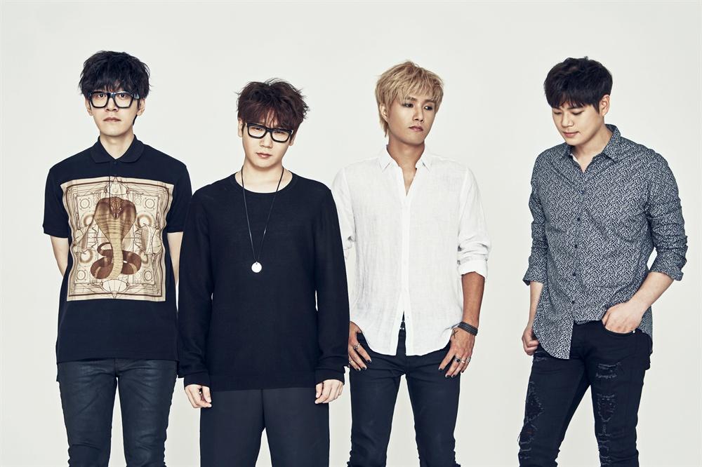 넬 지난 21일 오후 서울 송파구에 있는 넬의 소속사 '스페이스 보헤미안'에서 넬 멤버들을 만나 인터뷰 나눴다.