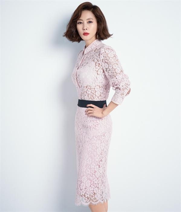 JTBC 금토드라마 <미스티>에서 고혜란 역을 연기한 배우 김남주.