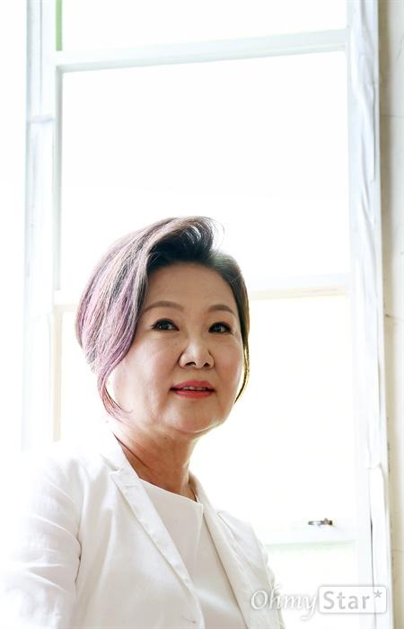 영화 <허스토리>의 배우 김해숙