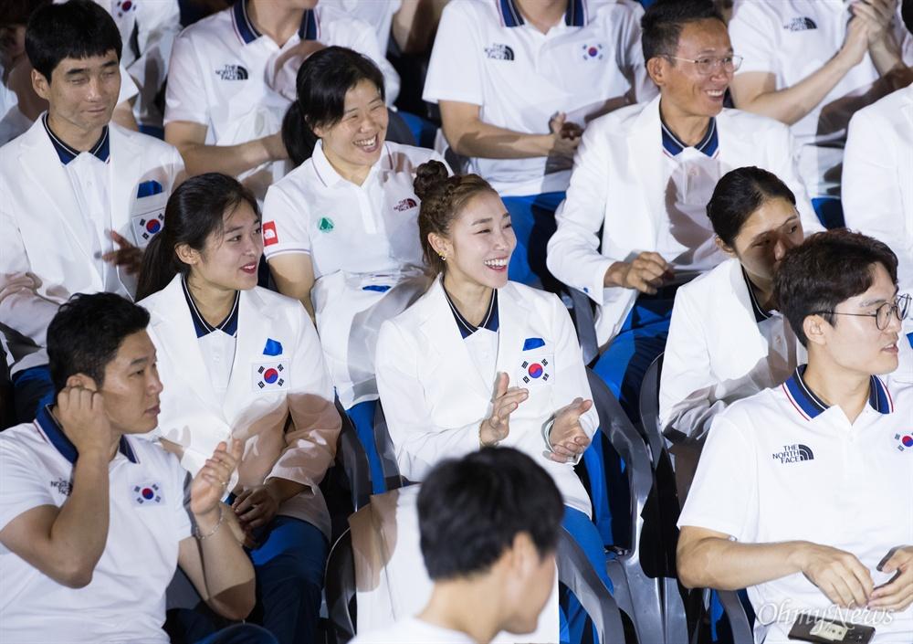 7일 오후 서울 송파구 올림픽공원 핸드볼경기장에서 자카르타-팔렘방 아시안게임 국가대표선수단 결단식이 열리고 있다.