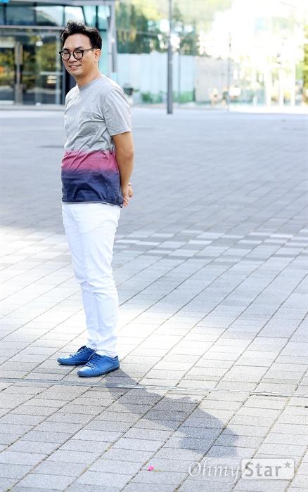 '라이프 온 마스' 이정효 PD OCN 오리지널 <라이프 온 마스>의 이정효 PD가 16일 오후 서울 상암동에서 진행된 인터뷰에 앞서 포즈를 취하고 있다.