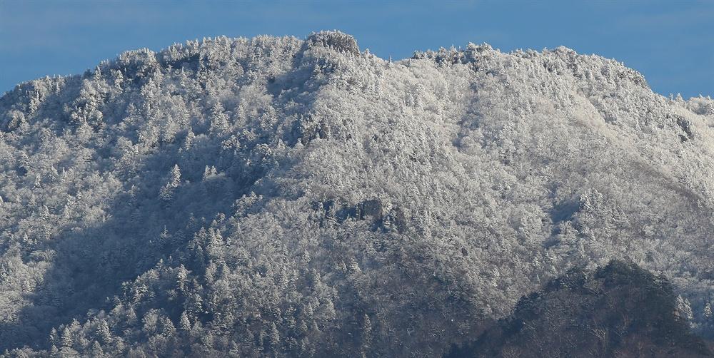 9일 눈 내린 지리산.