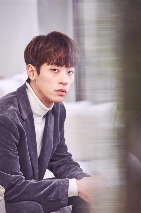 박정민 영화 <사바하>에서 나한 역을 맡은 배우 박정민의 인터뷰가 지난 20일 오후 서울 삼청동의 한 카페에서 열렸다.