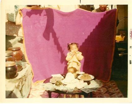 1973년 경기도 여주시 능서면에서 태어나 미국으로 입양, 현재 미국 휴스턴주에 거주 중인 윤케티씨(친어머니 윤정주)가 친아버지를 찾고있다. 당시 어린아기인 윤 케티씨.