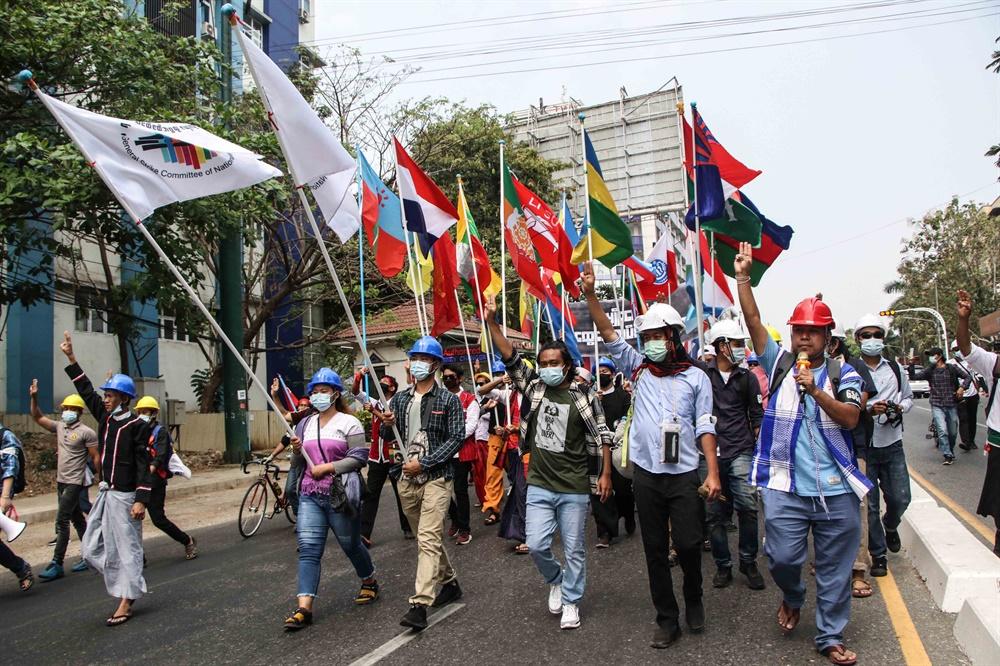 군부쿠데타에 반대하는 '시민 불복종 운동'이 연일 벌어지고 있는 미얀마의 2월 18일 모습. 현지 사진기자 모임인 'MPA(Myanmar Pressphoto Agency)'가 찍어 보내온 사진이다.