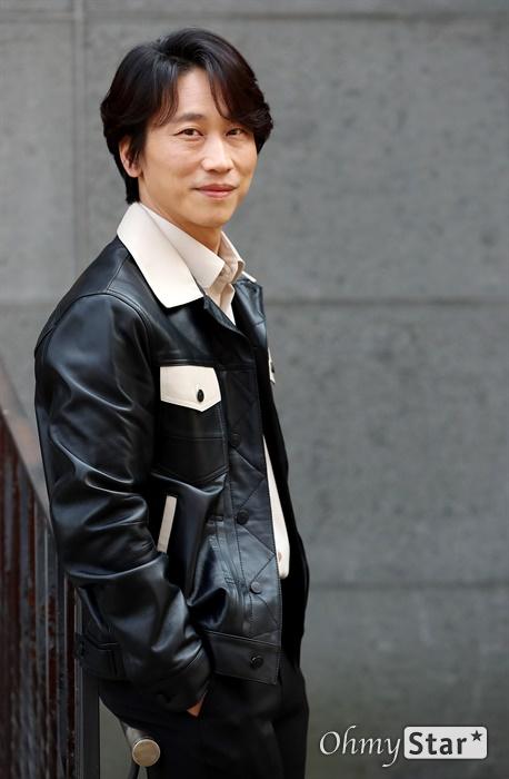 민성욱 배우 민성욱 배우가  24일 오후 서울 강남구의 한 카페에서 포즈를 취하고 있다.