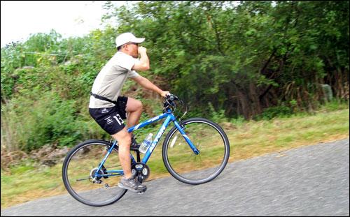 이재오 의원과 함께 4박 5일 560km를 달리는 일은 쉽지 않았다.