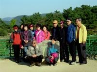 김치 ~ 안압지의 곳곳에서 볼수 있는 사진을 찍는 여행객들