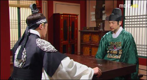 드라마 <이산>에서 홍국영과 만난 세손 이산.
