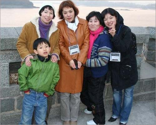 좌쯕 앞에부터 우리 아들, 나, 마츠야마 노리꼬씨,이명옥씨,안소민씨