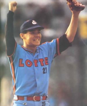 롯데 시절의 박동희 1992년 팀의 두 번째 우승을 이끌어낸 박동희
