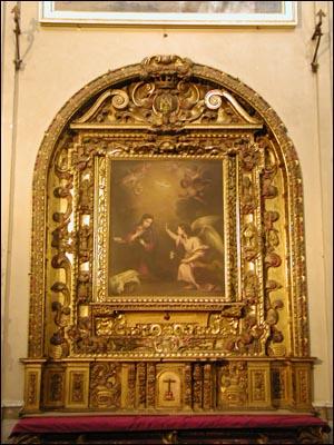 무리요의 아름답고 섬세한 그림들 본당 회중석과 사제석에 걸려 있는 아름다운 그림들은 잠시나마 발데스레알의 대작에 놀란 가슴을 부드럽게 치유해준다.