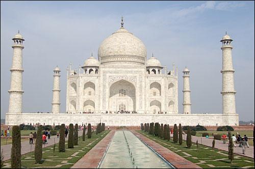 세계문화유산 중 백미인 인도 타지마할묘