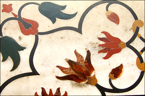 인도 타지마할묘 벽의 돌문양