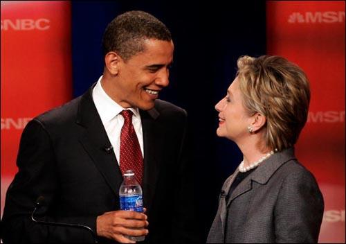MSNBC 토론장에서 만난 힐러리 클린턴과 버락 오바마
