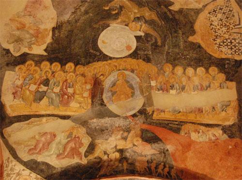 코라성당의 최후의 심판도 최후의 심판 그림은 미켈란젤로 그림과 마찬가지로 3단계로 구분되고 있다. 중간단에서 예수가 구제와 거절을 결정짓고 있다.