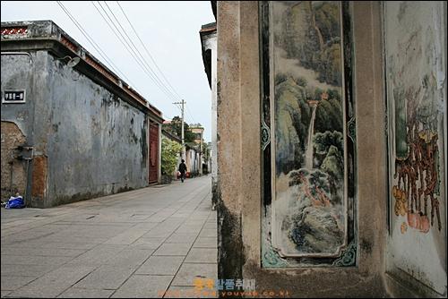 차오저우의 옛 가옥 마을 자띠샹, 문 입구에 그려진 그림과 골목 거리 모습