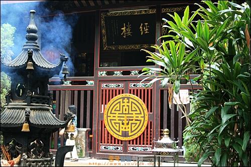 차오저우의 당나라 시대 사원 카이위엔쓰 장경루