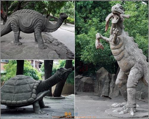 푸저우 난공위엔의 호수 주위에 있는 조각상들, 거북이와 코뿔소, 먹이를 뜯고 있는 공룡 등이 있다