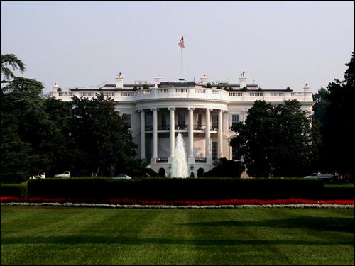 미국 대통령의 거처와 집무실이 있는 백악관.